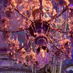 Lustre dans les salons de la mairie de Paris